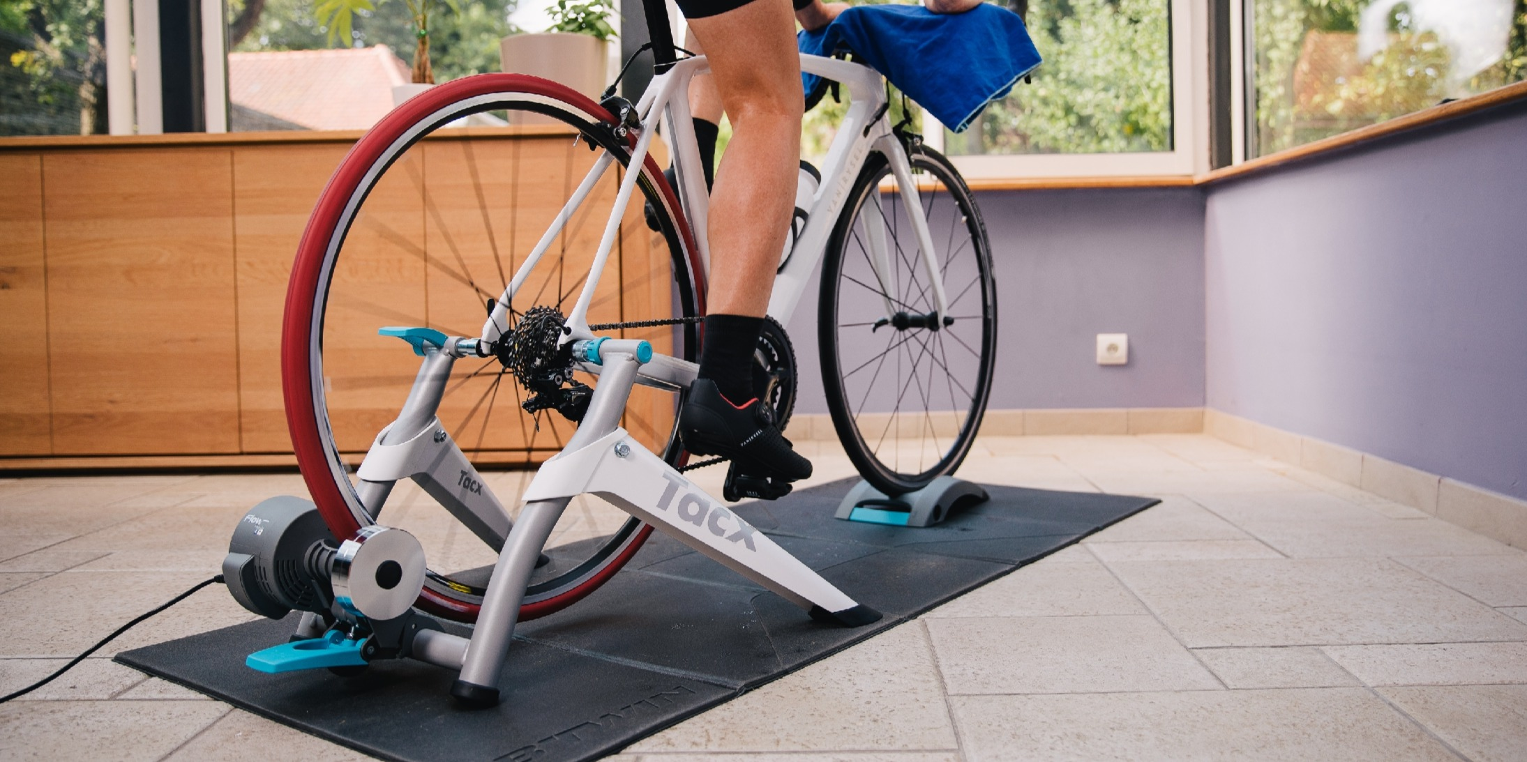 Rollers Vs Turbo Trainers - What Works Best For You?