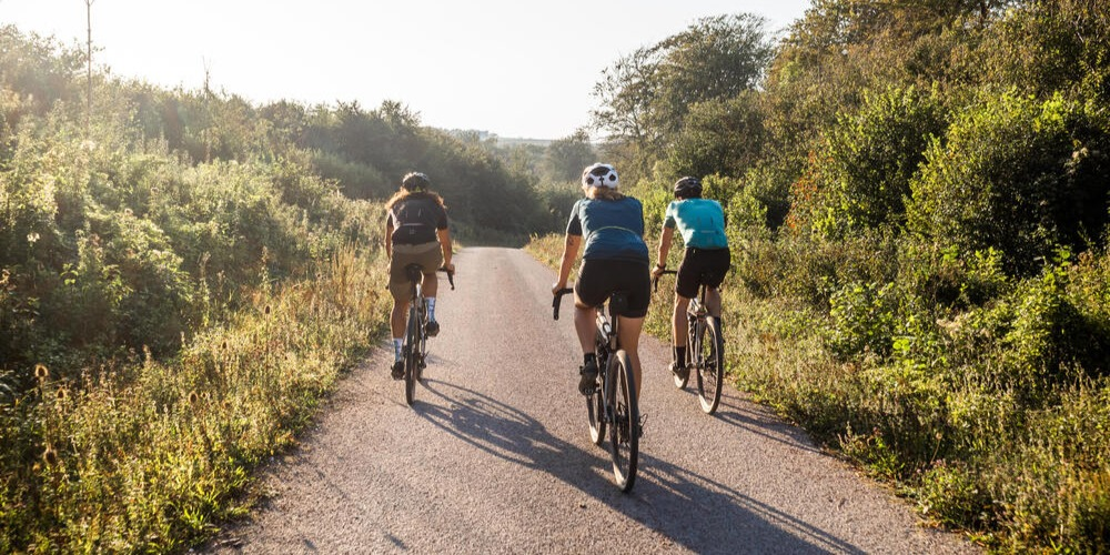 What To Wear For Cycling (a Beginner's Guide)