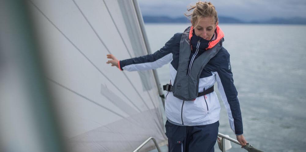 Sailing Adventure Women Jacket Inshore 100 8491507cc 8491503cc 8510464 8176248 8355455 Tci Scene 078.jpg