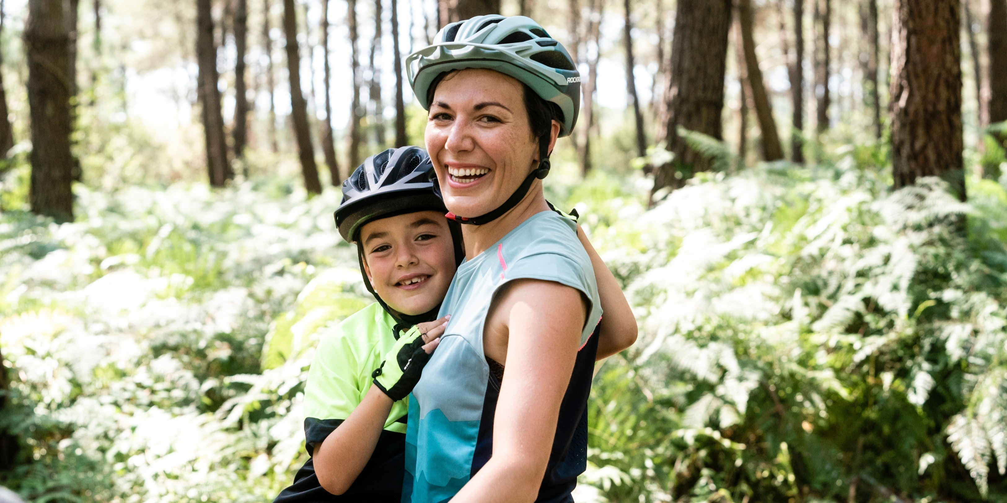 Your Complete Guide To Family Cycling