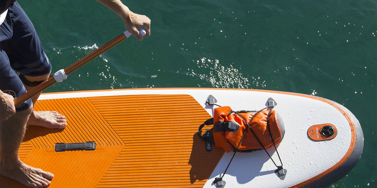How To Choose A Watertight Container, Pouch Or Bag For Stand Up Paddling Or Kayaking?
