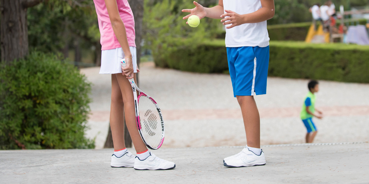How To Choose Tennis Shoes For Kids?