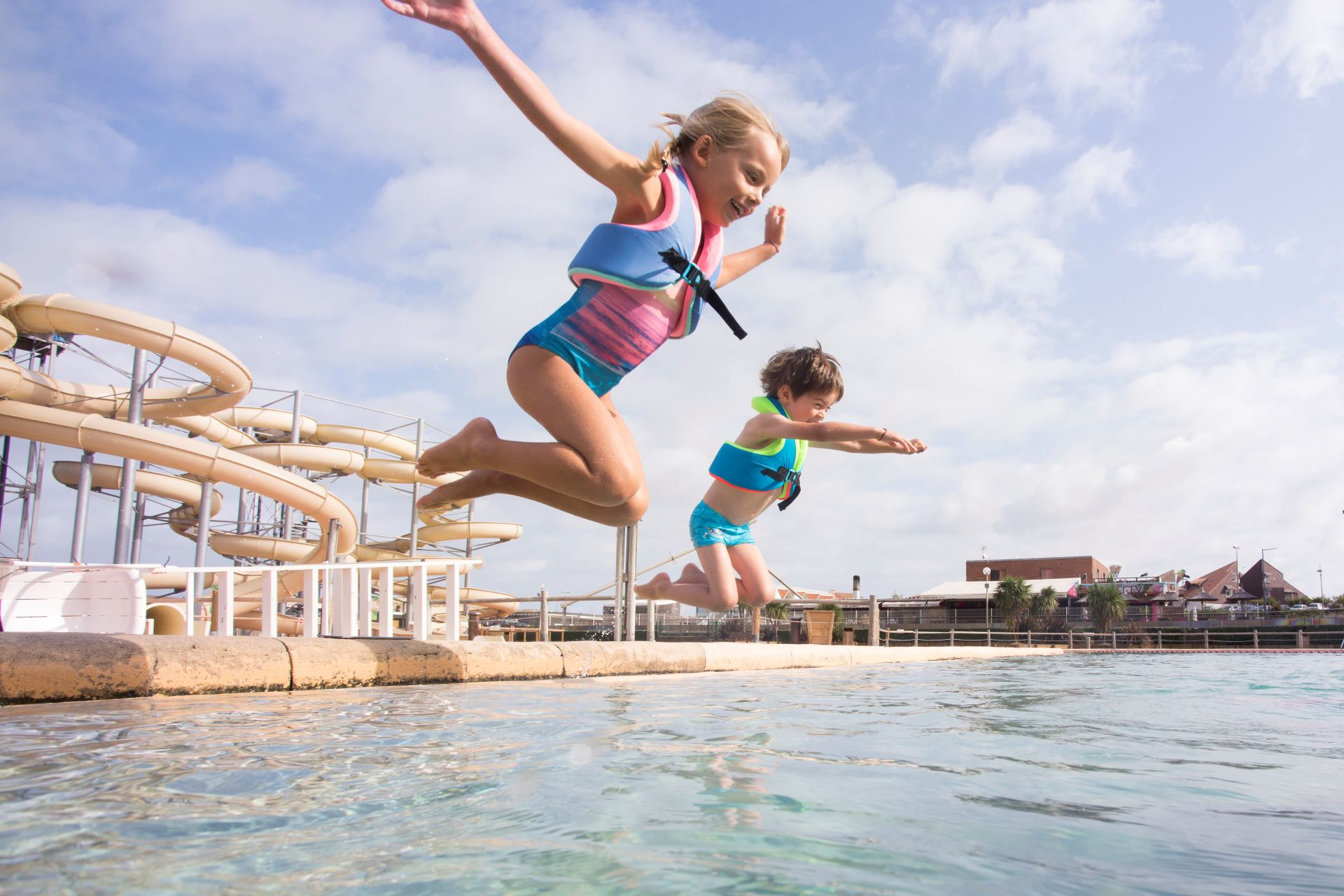 6 Water Safety Tips For Kids When Swimming Abroad