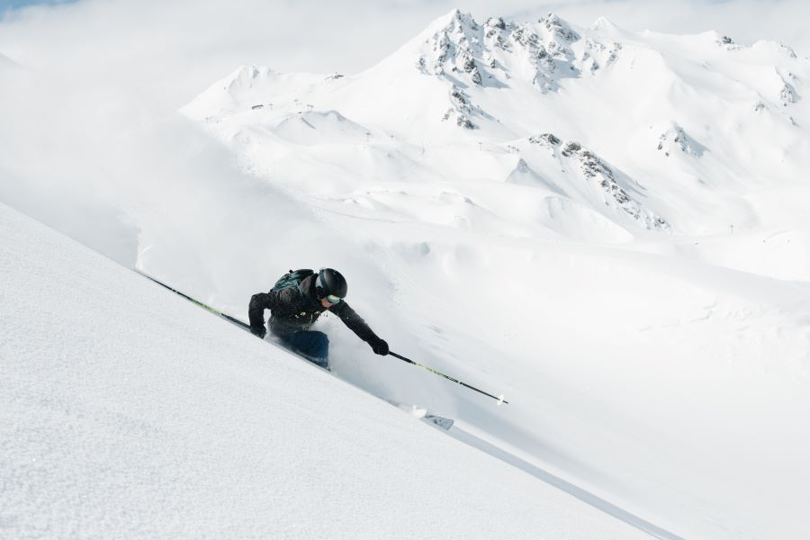 Your Guide To The Epic Adventure Of Freeride Skiing
