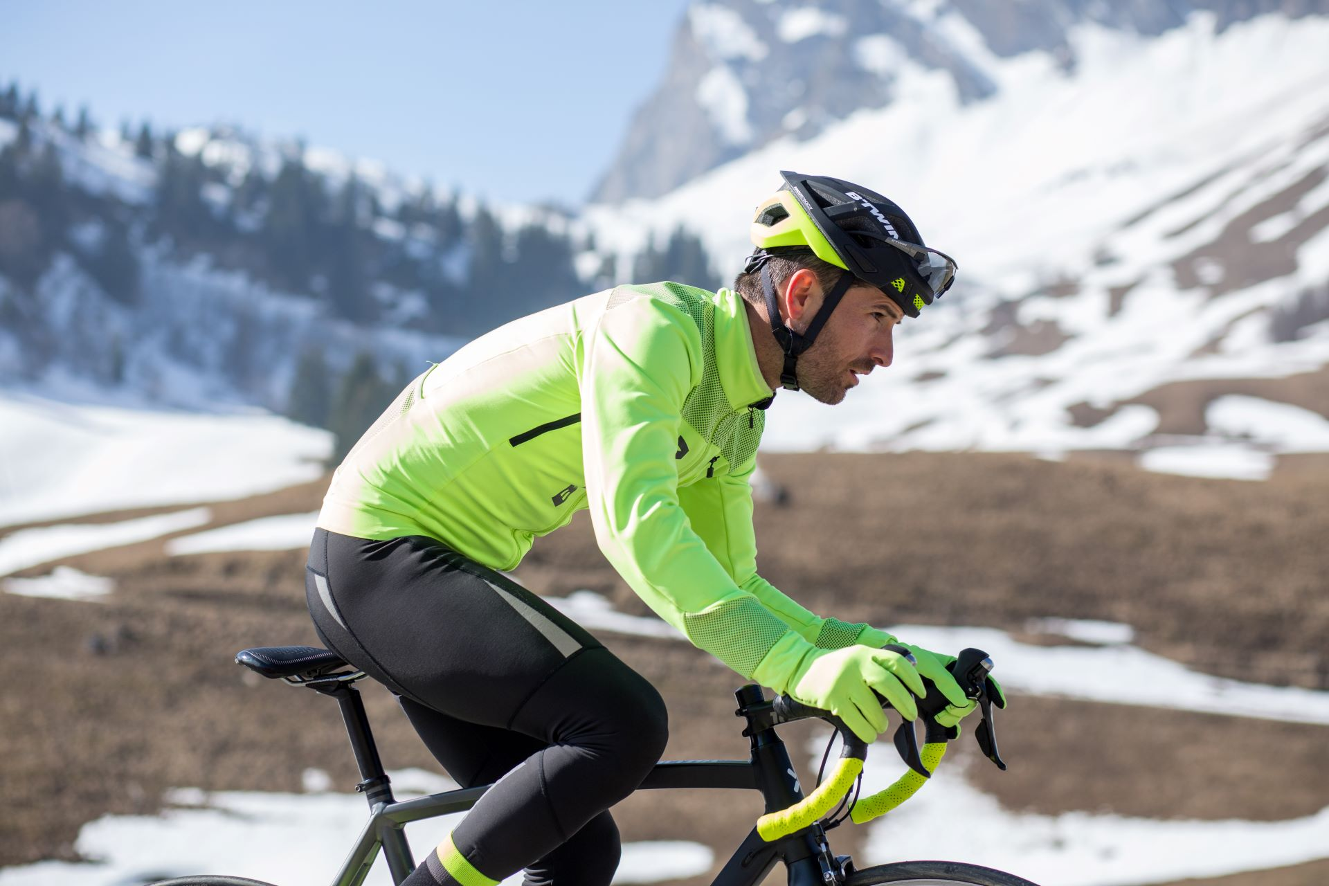 How To Keep Riding Your Bike Between Christmas And New Year's Eve?