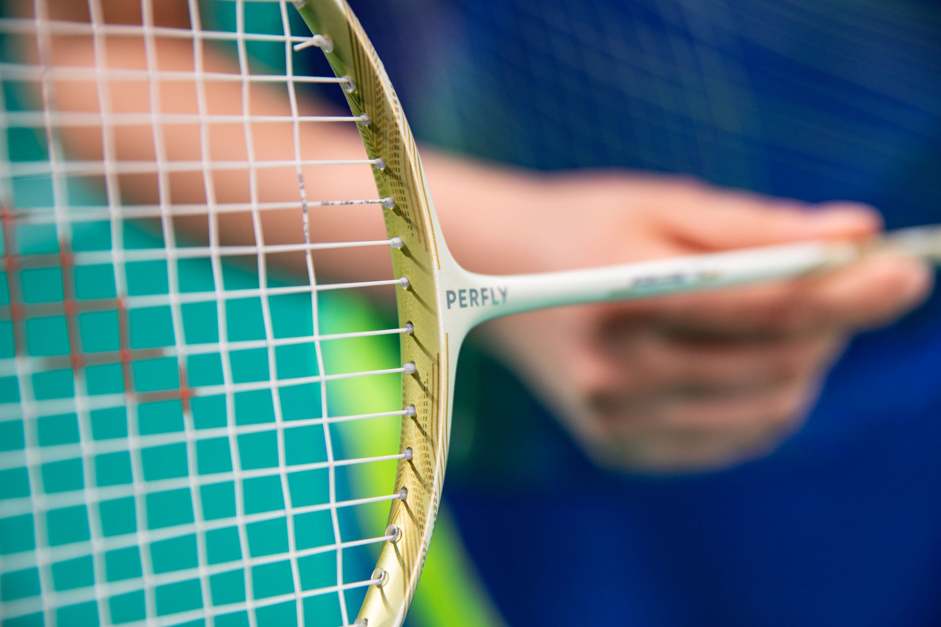 Learn The Difference Between The Different Types Of Badminton Strings