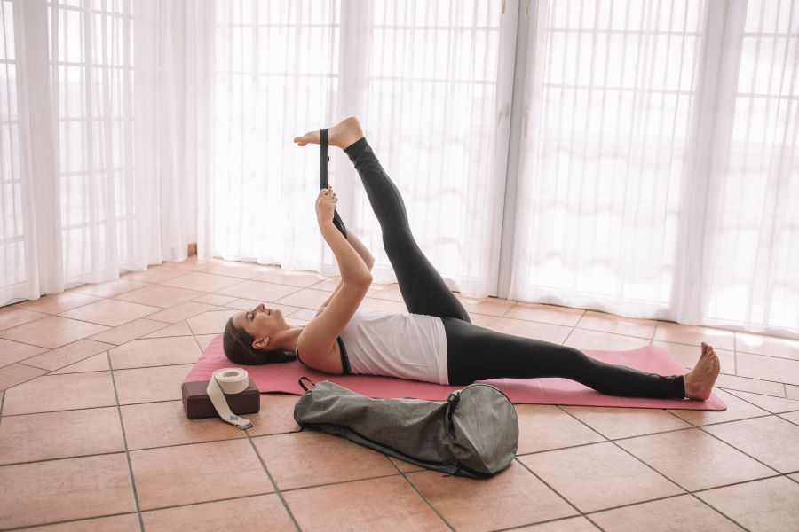 How To Choose Your Yoga Accessories?