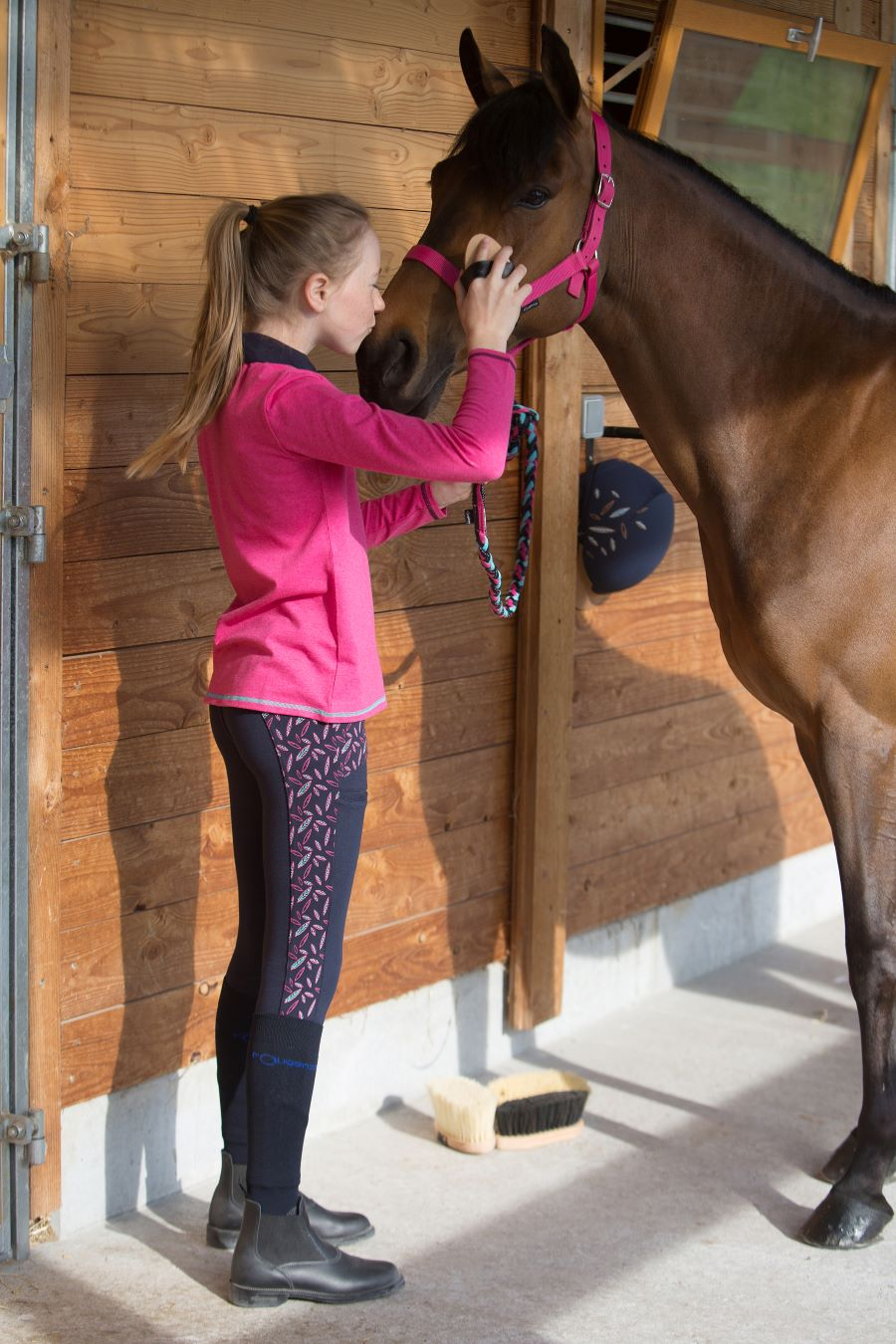 Grooming Tips To Make Your Horse Shine