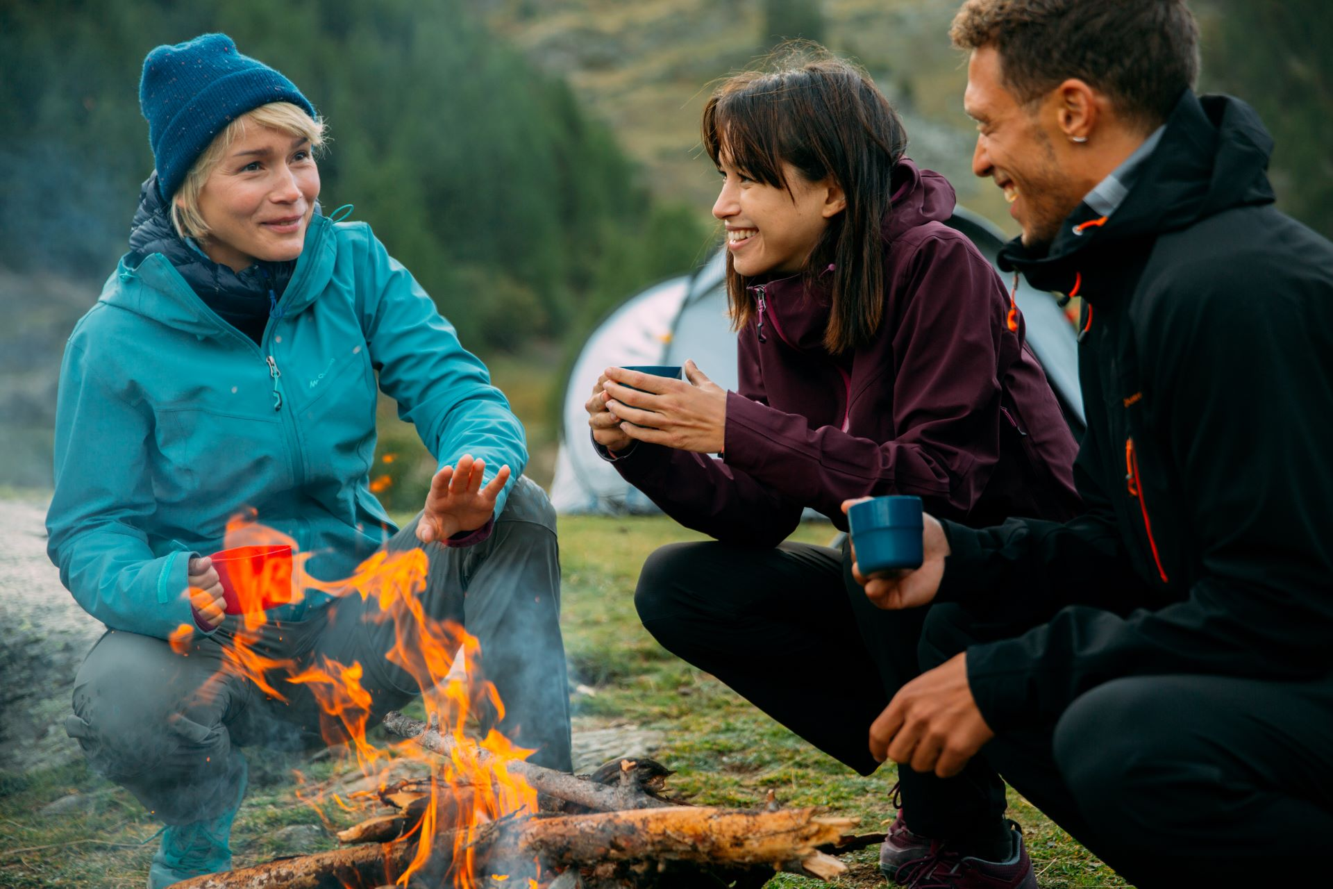 How To Stay Warm Whilst Camping?